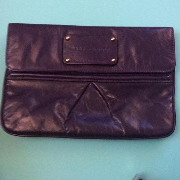 Marc Jacobs Handbags - Marc Jacobs clutch